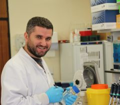 Dr Ahmet Sait